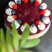 Favorit týždňa bol tento Cheesecake lesná zmes 🍰 #vegan #veganrecipes #cake #vegancake #veganrecipes